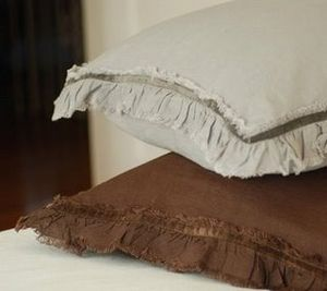Raw edge with velvet from Cur sofa