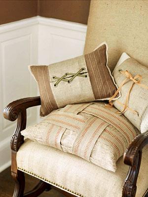 Natural pillows (bhandg)