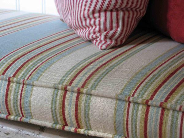 Striped pad