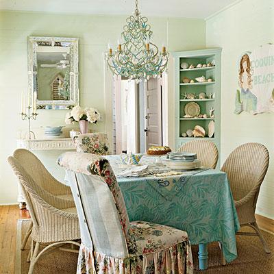 Clearly-coastal dining room {coast liv}
