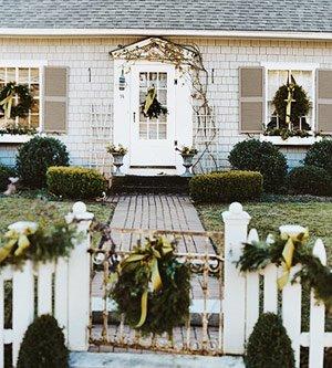 Cottage white house