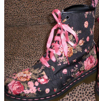 Dr martens with floral