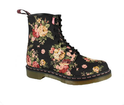 Dr. martens with blk floral