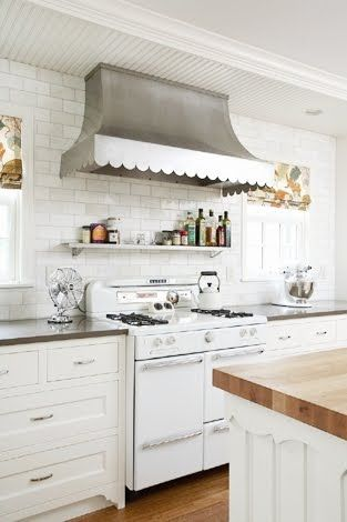 Vintage stove and scalloped hood