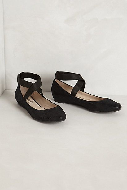 Blk ballet flat by anthro