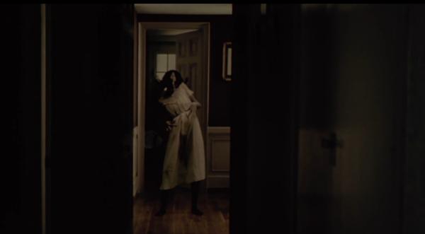 Mama in hallway