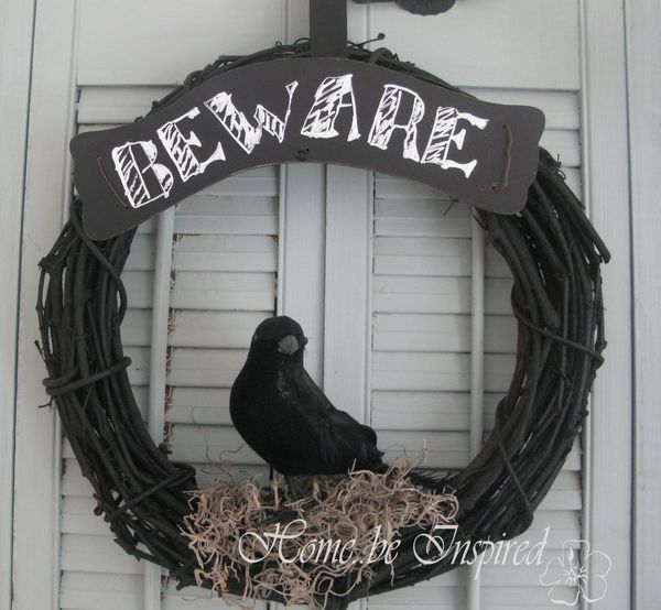 Wreath crow