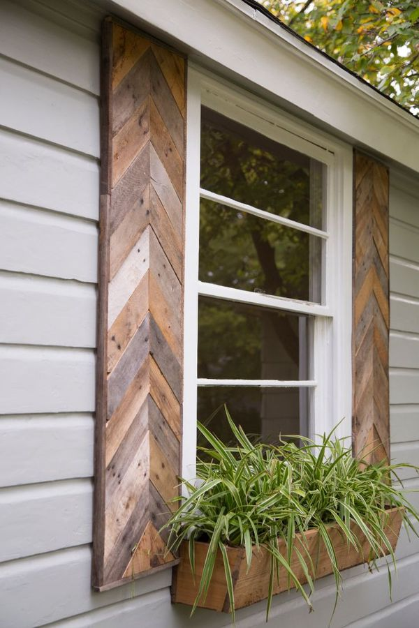 Gaines shutters