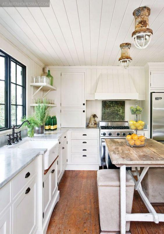 White kitchen 14