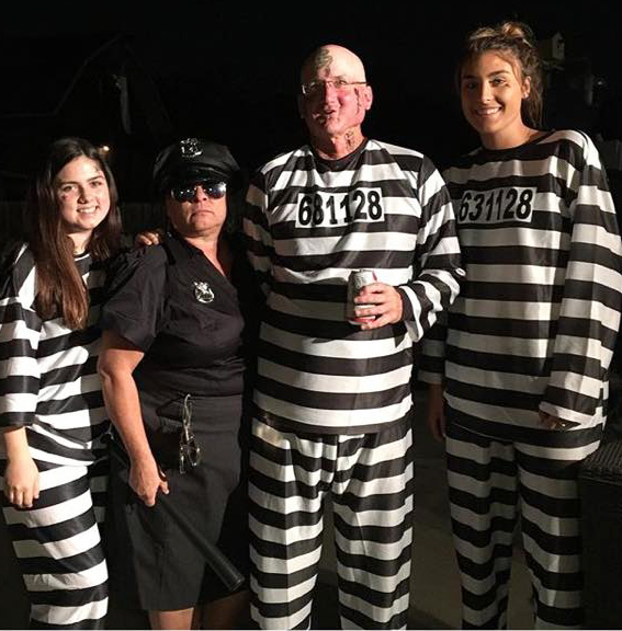 Convicts and officer