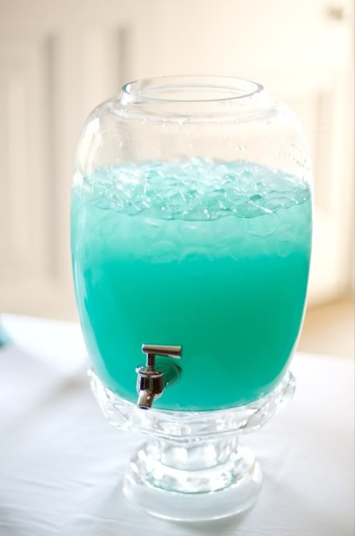Blue hawaiian punch