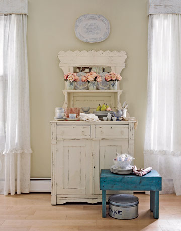 Carrie Raphael's hutch