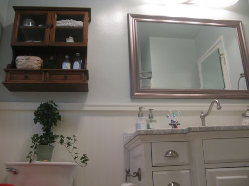 the right wall in bathroom