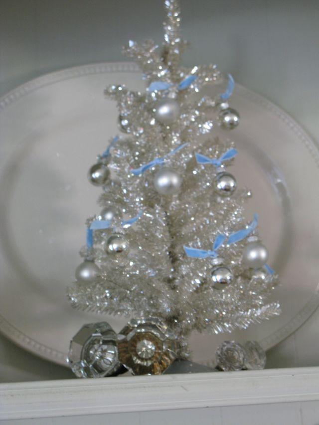 Sm. Tinsel Tree