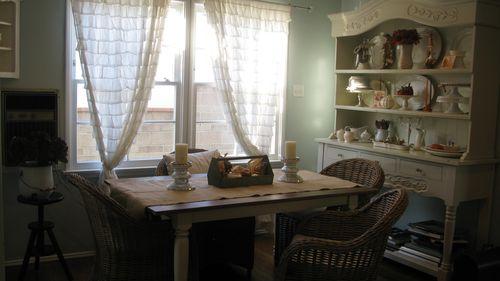 Fall Tablescape with farmhouse table