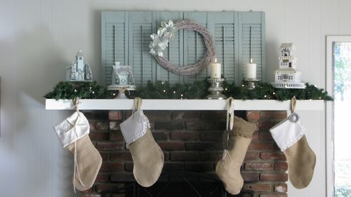 the christmas mantle 2011