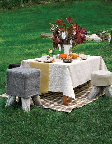 Cl_kids_fall_table