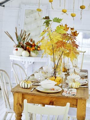 Fall_tablescape_in_white
